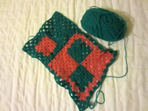 granny-square-green