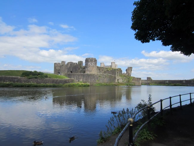 caerphilly-castle_mini